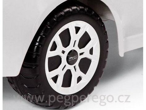 FIAT 500 černo-bílý, 12V 6